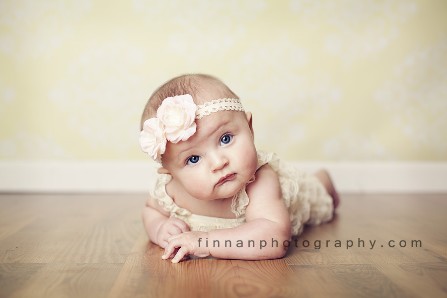 62bb3f37b 4 month old girl in galion ohio studio