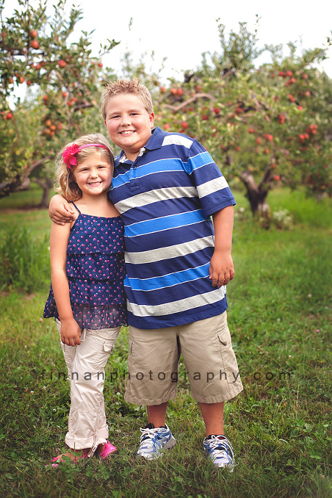 brother and sister at apple hill orchard