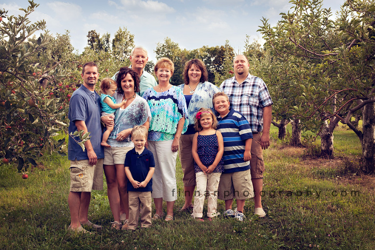 large family at apple hill orchard