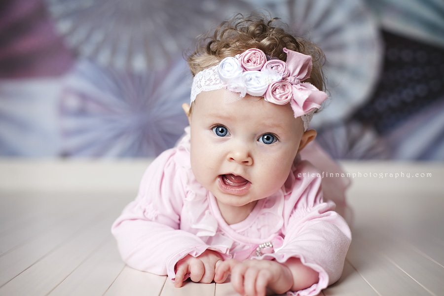 8e87be207c36 6 month old baby girl photo session in galion ohio studio